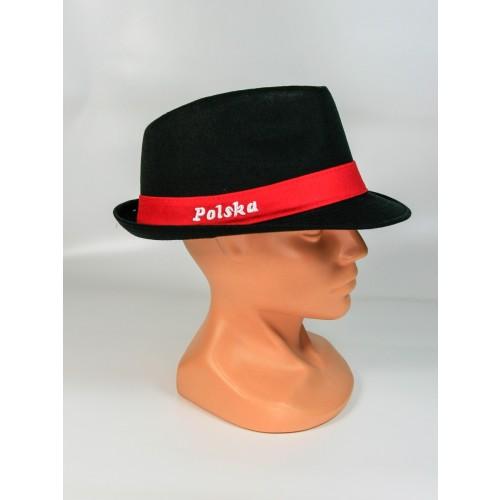 Czarny kapelusz kibica z napisem Polska
